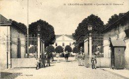 CPA  CHALONS  SUR  MARNE . QUARTIER  DU  15  CHASSEURS - Châlons-sur-Marne