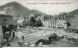 N°32703 -cpa Arreau -pont Et Place De L'Hôtel De Ville- - Autres Communes