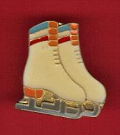 29720-Pin's.Patinage.. - Skating (Figure)
