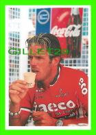CYCLISME - LE TOUR 98, CHOLET (49) - MARIO CIPOLLINI AU DÉPART 5e ÉTAPE CHOLET-CHÂTEAUROUX - PHOTO, PIERRE LORRIAUX - - Cyclisme
