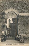 San Gimignano Porta E Via S. Giovanni Attelage 2 Boeufs Edit G. Del Taglia - Italie