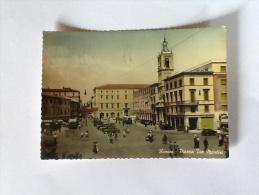RIMINI PIAZZA TRE MARTIEI A COLORI VIAGGIATA DEL 1957 - Rimini