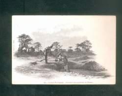 Guinée Portugaise - Fontaine Des Environs De Bissau     ( Animée Dos Simple Rodez E. Carrere Imp.-édit.) - Guinea Bissau