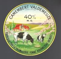 Etiquette Fromage Camembert  Val De Meuze Fromagerie Fonnée Vendée - Fromage