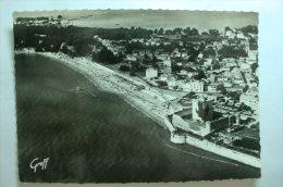 D 17 - Fouras - Vue Aérienne - Le Château Fort Et La Plage - Fouras-les-Bains