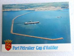 """CP 76 ST SAINT JOUIN BRUNEVAL -   CAP D'ANTIFER   Le Port Pétrolier  - à Quai """" Le Batillus """" Vers Criquetot L'esneval - Criquetot L'Esneval"""