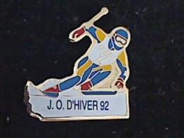 1 PIN´S JEUX OLYMPIQUES ALBERTVILLE 1992 JO D´HIVERS 92 SKI DESCENTE - Olympische Spiele