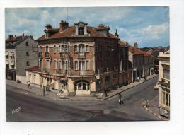 CPM  51 : SERMAIZE LES BAINS  Place Hotel De Ville Avec Café  1980    A  VOIR  !!!! - Sermaize-les-Bains