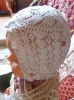 Bonnet Ancien De BB Poupée - 1900-1940