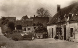 18 Bannay. Le Bas Village - Autres Communes