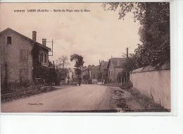 LABRY - Sortie Du Pays Vers La Gare - Très Bon état - Sonstige Gemeinden