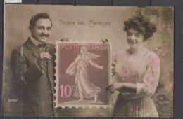 Fantaisie - Couple Tenant Un Timbre Géant - Timbre Des Caresses - Poste D'Amour - Colorisée - Autres