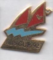 Beau Pin´s En EGF , Marine Bateau Voilier , America´s Cup 92 - Barcos