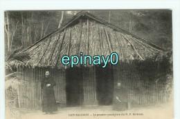 Bf - ILES SALOMON - Le Premier Prsbytére Du R. P. Bertreux - Solomon Islands