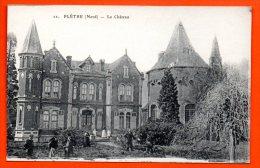 59. Flêtre. Le Château. Facteur  à Vélo Apportant Le Courrier. - Autres Communes