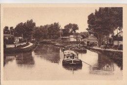 ¤¤  -   27   -   CHALONS-sur-MARNE   -  Le Canal    -   Péniche , Batéllerie   -  ¤¤ - Châlons-sur-Marne