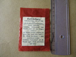 Compresse Allemande Luftschutz Datée 1943 (rouge) - Equipement