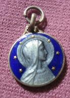 1 Medaille Religieuse - Lourdes - Religión & Esoterismo