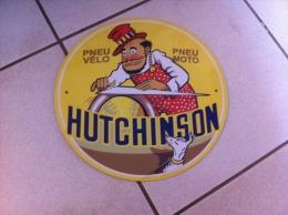 Superbe Plaque Publicitaire. Objet De Collection  Pneu Vélo Pneu Moto - HUTCHINSON - Plaques Publicitaires
