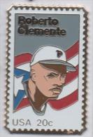 Baseball , Roberto Clemente , Pin's Dentelé , Timbre - Honkbal