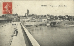 Nevers Vue Prise Sur Le Pont De Loire - Nevers