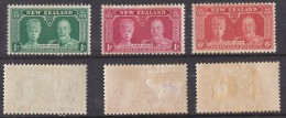 NEW ZEALAND: 1935, GEORGE V SILVER JUBILEE Set Of 3 MH * - 1907-1947 Dominion