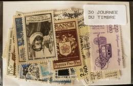 FRANCE Lot 30 Timbres JOURNEE DU TIMBRE Tous Differents Neufs ET Obliteres - France