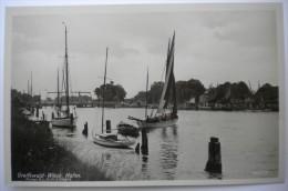 Allemagne / Deutschland - Greifswald-Wieck - Hafen - Animée / Belebt - Plan Inhabituel / Ungewöhnlicher Blick (n°35) - Greifswald