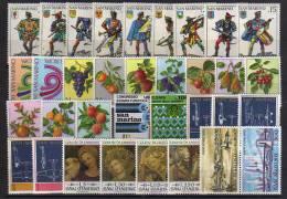 Année Complète 1973.  34 T-p Neufs **.   (serie Fruits & Tableaux De Gentile Fabriano,etc) - Saint-Marin