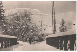 63- LA ROCHE Des ARNAUDS(945m)-Entrée De La Place Du Pont.l'hiver - Autres Communes