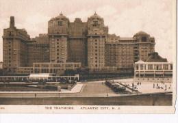 Atlantic City  N J   The TRAYMORE 242 - Atlantic City