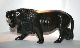 Lion En Bois D´ébène Massif-artisanat Côte D´Ivoire. 36 Cm- 1,9kg - Art Africain