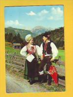Postcard - Slovenia, National Costume   (V 18899) - Slowenien