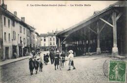 38. LA COTE SAINT ANDRE    La Vieille Halle - La Côte-Saint-André