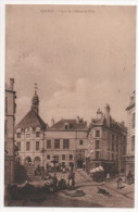 MANTES - Place De L'Hôtel De Ville - France