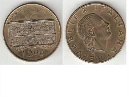 Italia 200 Lire 1990    Km 135  Xf+ - 1946-… : Republic