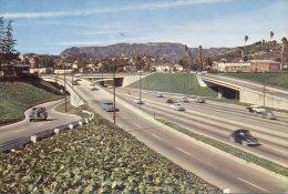 (666)  USA - Hollywood Freeway 1958 - Voitures De Tourisme