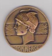 MEDAILLE.COMMERCE.SIGNE F.RASVMNY 1945 - MONTARGIS - Professionnels / De Société