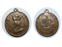 ANCIEN INSIGNE MEDAILLE VIRIBUS UNITIS ROI MARINE CUIRASSé SECURIT IN TEMPESTATE - Bateaux