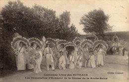 58 Roche Suize. Commune Libre Des Buteaux. Les Demoiselles D'honneur De La Deesse De La Roche Suize - Other Municipalities