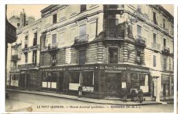 CPA Du Petit Courrier  Le Journal Angers  : état Impeccable - Angers