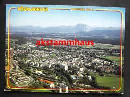 VÖCKLABRUCK Oberösterreich - Luftbild Luftaufnahme M. Eisenbahnstrecke Bahnhof ? - Tennisplätze - Freibad - Vöcklabruck