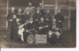 Carte Photo La Section Française De ? A Soltan Le 24 Septembre 1916 Groupe De Musique Voir La Mascote Le Renard  2 Scane - A Identifier