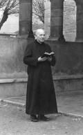 CPSM BEAUNE (21) Curé De St Nicolas Joquin - Beaune