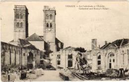 VERDUN - La Cathédrale Et L' Evéché  (58458) - Verdun
