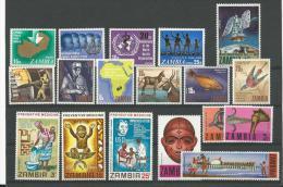 Zambie: 51/ 64 + 66/ 69 **  (le 52 *) - Zambie (1965-...)