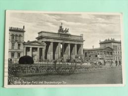 BERLIN - Pariser PLatz Und Brandenburger Tor - Allemagne