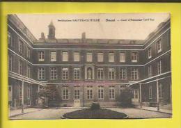 DOUAI  Institution SAINTE-CLOTILDE   Cour D´Honneur Coté EST  Voir Scanner - Douai