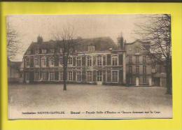DOUAI  Institution SAINTE-CLOTILDE  Façade Salle D´Etudes Et Classes Donnant Sur La Cour Voir Scanner - Douai