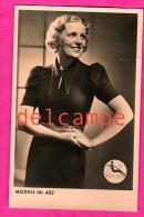 Robe Col En Pointe Modell 402 - Ripcosa - Femme Cheveux Crantés -Dress Sharp Collar - Woman Notched Hair - Moda